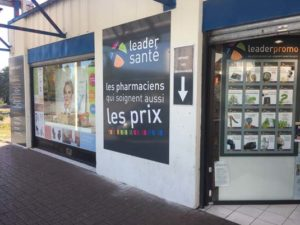 pharmacie-republique-avion2
